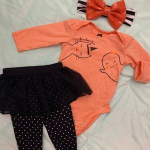 Halloween outfit  and bow